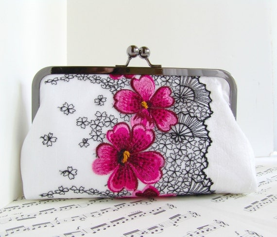 White silk clutch bag with fuchsia and black flowers, Lace fashion