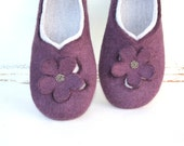 Women slippers - women house shoes, felted wool slippers Flowers, Mother's day gift