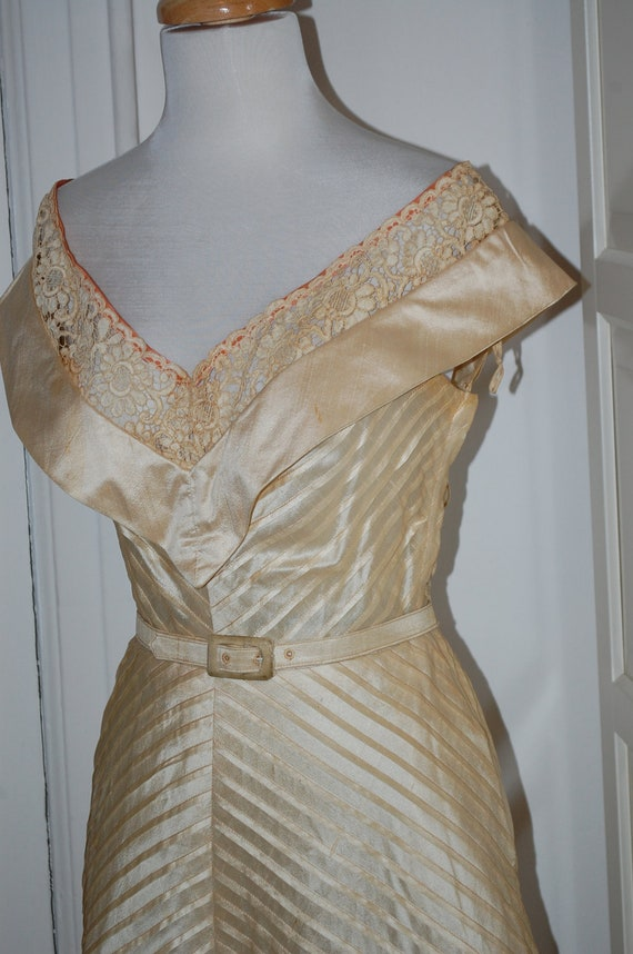 VINTAGE 50s, 1950s Pale Gold Tea Length Dress, Full Skirt Dress, Lace Inserts, Wedding, Party Dress - S/M
