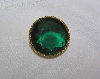 Vintage Emerald Geen Faceted glass Stone Brooch by ART