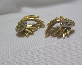 Vintage Gold tone bent branches Rhinestone  Clip Earrings