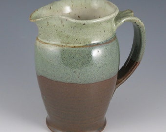 Medium pitcher in green and brown, 20 oz.