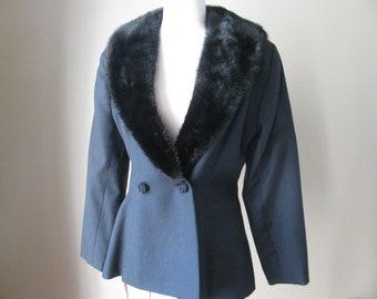 Vintage Tailored Black Jacket with Fur Collar, Sz Medium
