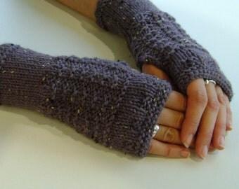 Fingerless Gloves / Mittens / Wrist Warmers in Dusky Grape Aran Wool