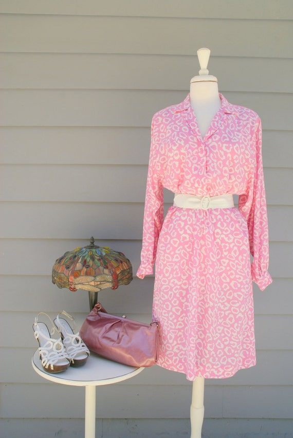 1960s pink and white cheetah print midi dress