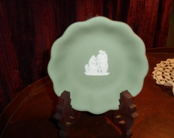 Wedgewood Small Green Bowl
