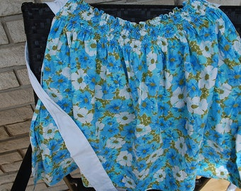 Fresh blue and white floral Vintage half apron