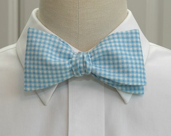 Men's Bow Tie, Carolina blue and white gingham, UNC blue gingham, wedding party bow tie, grooms bow tie, groomsmen bow tie, prom bow tie