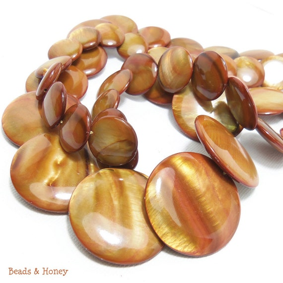 "Shell Beads, Mother of Pearl, Amber Brown, Graduated, Flat Round Coin, 15-30mm, Large, Gemstone Beads, Extra Long Full Strand, 30"" - ID 1080"