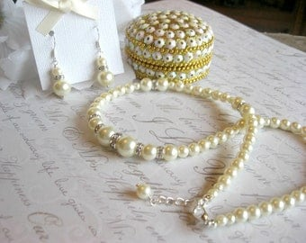Pearl and RhinestoneTraditional Necklace and Earring Set - Bride or Bridesmaid Pearl Jewelry Set/Wedding Jewelry