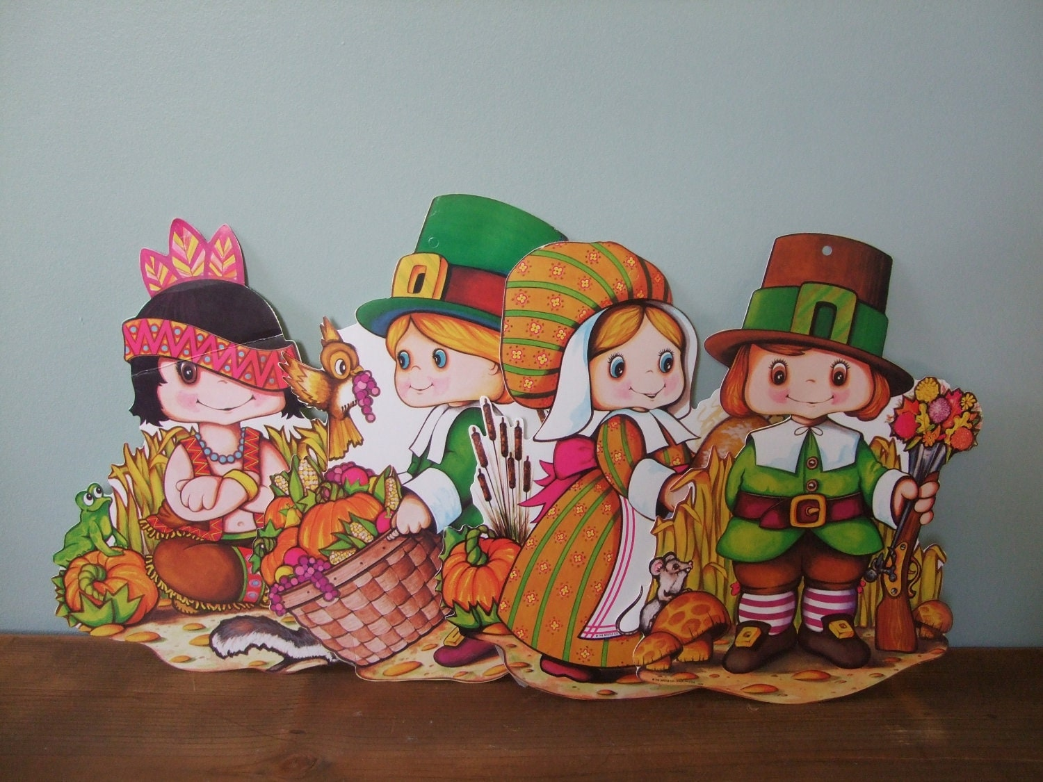 Thanksgiving Pilgrim and Indian Children Decorations ~ 233449_Thanksgiving Decorations Nz