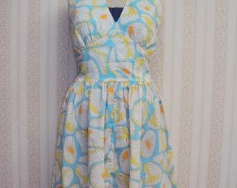 Vintage Inspired Marilyn Monroe Halter Dress