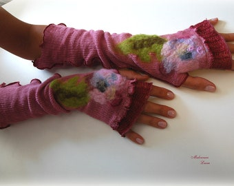 Romantic Powder Pink LINEN Fingerless Gloves  Mittens  gifts With Unique Felt Flower Appliques Eco Friendly