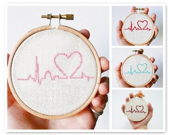 Custom color Cross stitch in wooden hoop Heart - h002