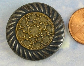 Antique Victorian Button 1 1/8 Inch Brass Button 138
