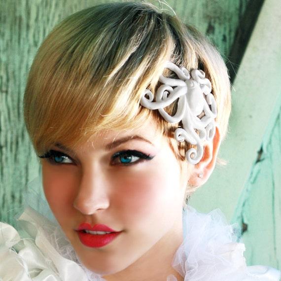 Octopus hair clip - WHITE - steampunk rococo accessory