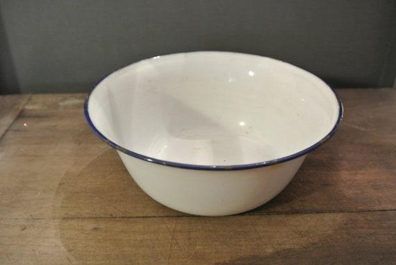 Tin Bowl