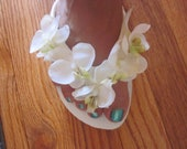 Wedding Flip Flops/Wedges.HANDMADE Bridal Flip Flops.Beach Wedding Accessories.Ivory Flip Flops.Wedding Shoes.Hawaiian Wedding.