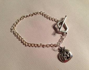 Pumpkin Bracelet Halloween Jewelry Silver Jewelry Charm Jewellery Chain Trick or Treat Charm Jack o Lantern
