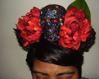 GLITTER SUGAR SKULL - A Skull Cover With Glitter And Color Stones On A Bed of Flowers Headband, Day of the Dead Headpiece, Sugar Skull