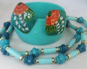 Vintage jewelry necklace bracelet earrings in Robins egg blue jewerly set bracelet, earrings necklace