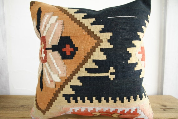 Items similar to FREE SHIPPING - Turkish Kilim pillows -Turkish Kilim Cushion - Ethnic ...
