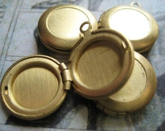 Vintage Brass Lockets 1950s Tiny lot of 4