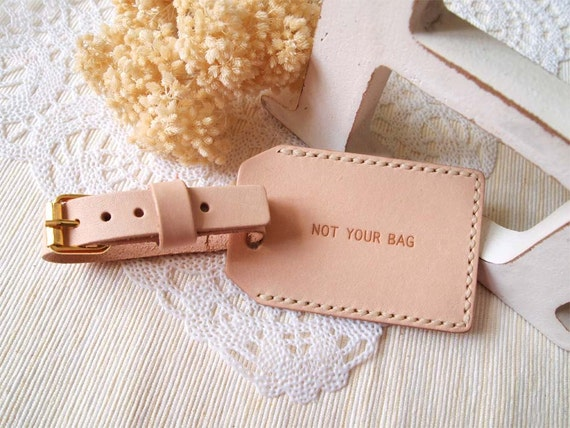Luggage Tag with Back Window - Nude (N) - Personalized - Leather - Hand Stitched
