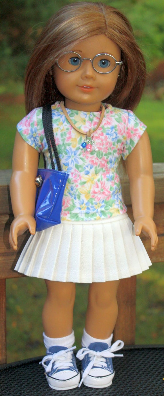 White Pleated Skirt Back to School Outfit