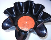 THE BEATLES Recycled Record Bowl (Hey Jude)