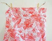 Vintage Cotton Fabric Bold Graphic Floral Red White Wamsutta Mills 3 Yards Yardage Scribble Home Decor Fabric Drapery