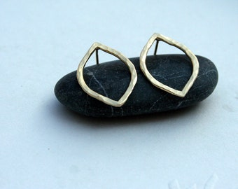 Gold post earrings slightly hammered, shaped as a Leaf.