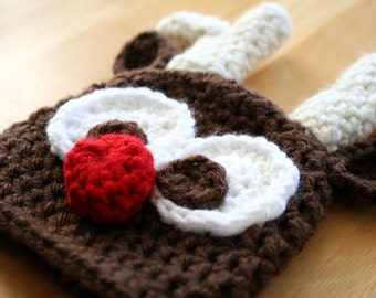 Crochet Reindeer Hat, Christmas photo prop, rudolph reindeer hat, brown cream and red, Newborn Baby to 12 Months