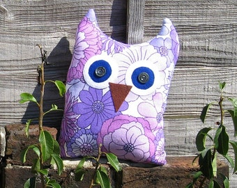 Lilac Floral Owl - Large Vintage Fabric Cuddle Cushion