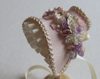 Beautiful miniature 1/12 scale handmade dollhouse pink silk bonnet