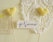 Wedding Cake Topper, Je T'aime Banner with Crochet Hearts, pale yellow