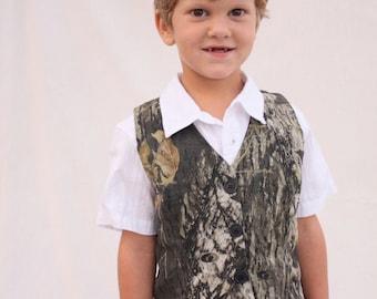 Boys vest, MossyOak vest, Camo boys vest, camo vest, wedding vest,