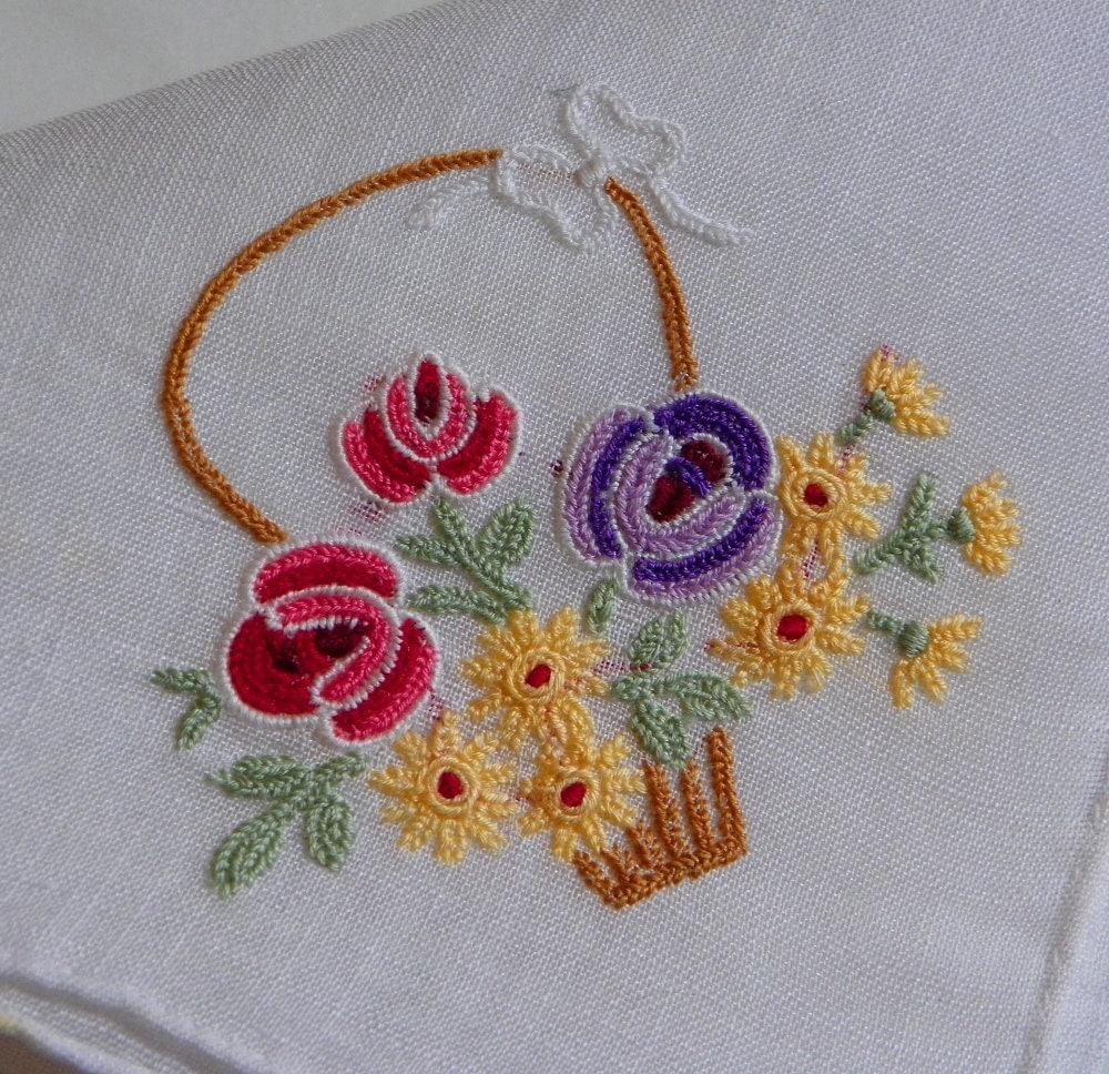 Hand embroidery designs for hanky makaroka