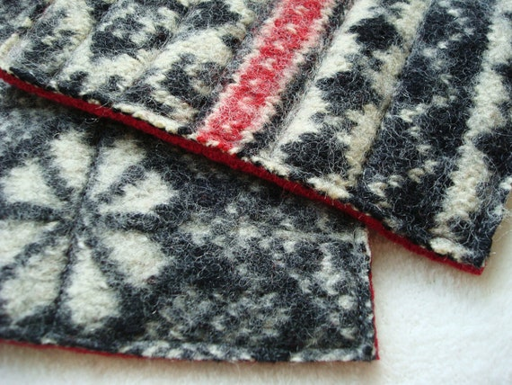 Wool Hot Pads / Pot Holders BLACK & WHITE  Fair Isle Eco-Friendly Recycled