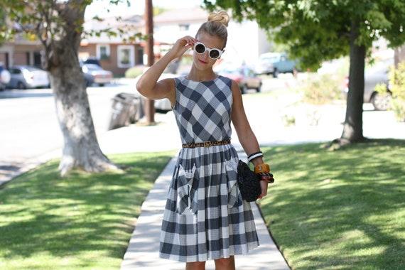 VTG 1950s 50s Grey Checkered Dress w/ Slouchy Pockets S/M