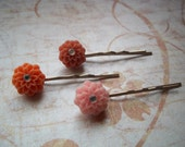 Zinna/Chrysanthemum Cabochon Resin Flower Hair Bobby Pins Set of 3