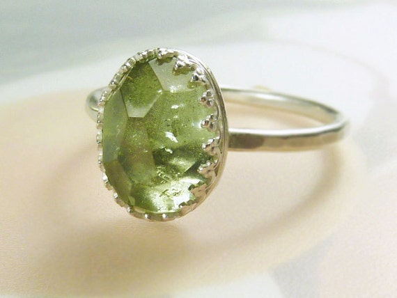 Rose cut Peridot Ring- size 8 1/2