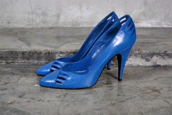 vintage shoes, 1980's Sacha LONDON blue leather cut out high heel stiletto pumps, sz 7, 37.5