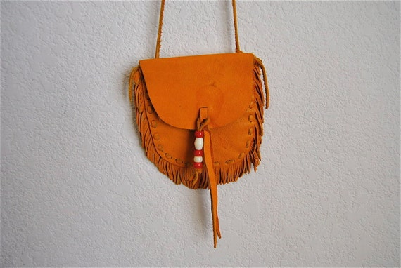 vintage pouch, 1970's Native American fringed leather neck pouch w/ beads