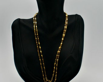 Vintage Gold Toned 37 inch Chain necklace or belt - Unisex Diamond Design - wrapped in 1 - 3 loops - multi use chain belt  - Rich Gold tone