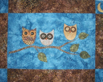 Night Owls Wall Hanging Quilt Pattern