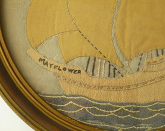 Early Americana hand Appliqued round MAYFLOWER rendition