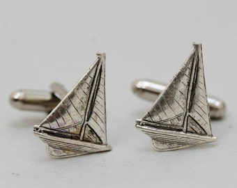 Sailboat Cufflinks Men's Cufflinks  Antiqued Silver Vintage Style Fashion Accessories