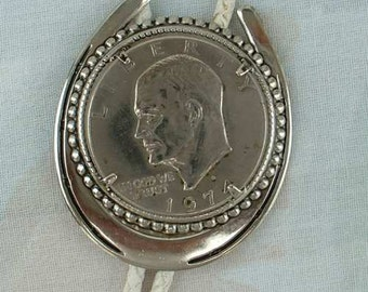 1974 Eisenhower Silver Dollar Bolo Necklace Horseshoe Frame Vintage Jewelry