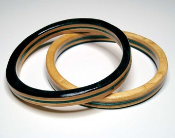 skateboard bangle- black and blue- medium